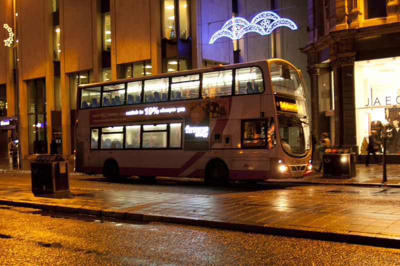 Volvo B9 2333 with illuminated advert - DSqW - Dec 2011  - [ Martin Young ]