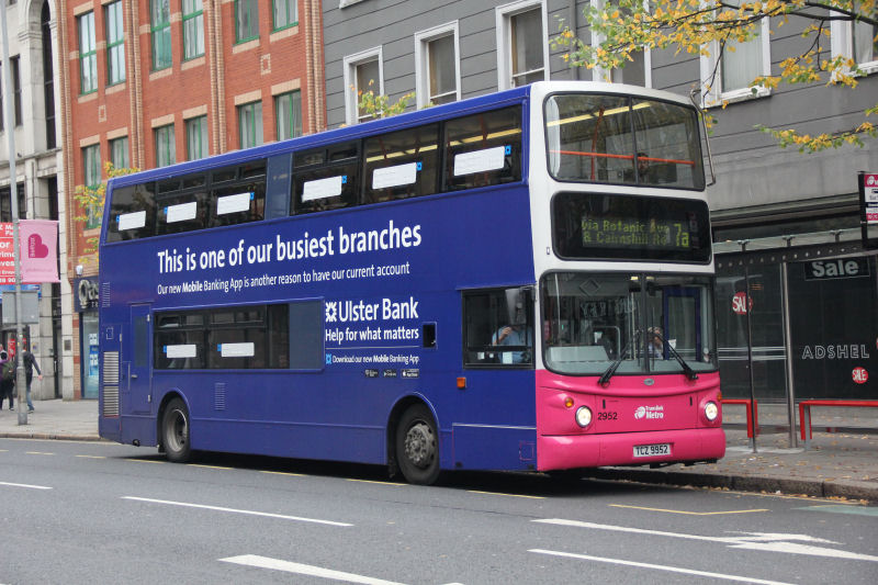 Volvo B7 2952 -  Howard Street -  Oct 2013 [ Martin Young ]