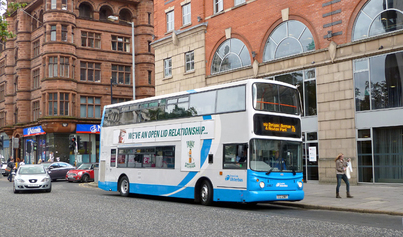 Volvo 2987 UB blue - Howard Street - Aug 2011  - [ Paul Savage ]